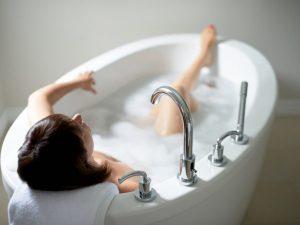 تاثاثیر حمام درمانی در درمان